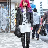 Lisa 13 (guitarist of the Japanese rock band Moth in Lilac)