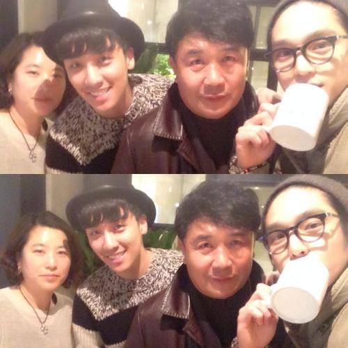 "140105 Actor Guwon (Seungri's Friend) twitter update 1월 8일 정식 오픈 ""cafe AND.here"" with Victory's Family. trans: official opening January 8 ""cafe AND.here"" with Victory's Family"