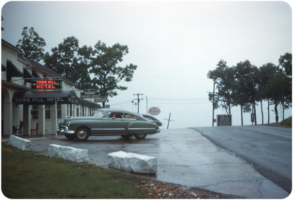 Town Hill Hotel - 31101 National Pike - Little Orleans, Maryland U.S.A. - 1948