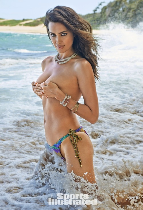 idazure:Swimsuit Illustrated 2015Some Pics