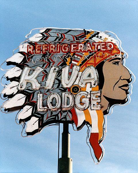 Kiva Lodge Motel - 668 West Main Street, Mesa, Arizona U.S.A. - date unknown
