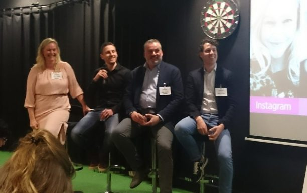 vier panelleden tijdens de battle of networks op the social conference 2017