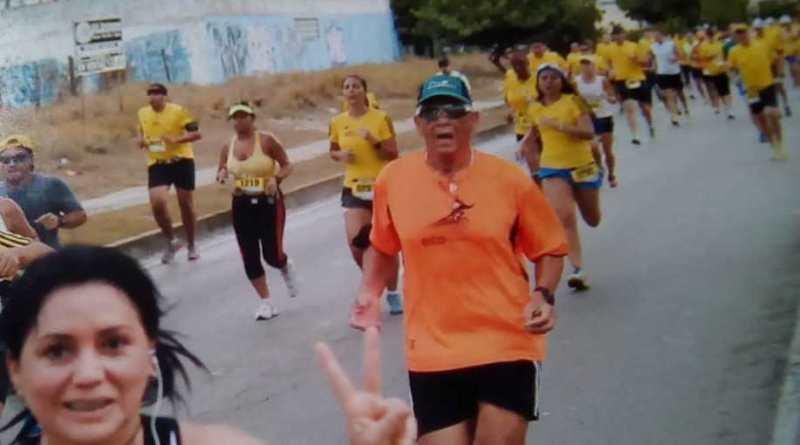 Ya pasó de los ochenta años y es frecuente verlos en las carreras de 10K que se organizan en Caracas/Cortesía