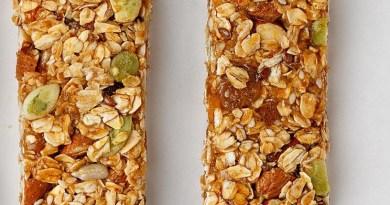 Una o dos horas antes de un entrenamiento, una barra de cereal es recomendable/Cortesía