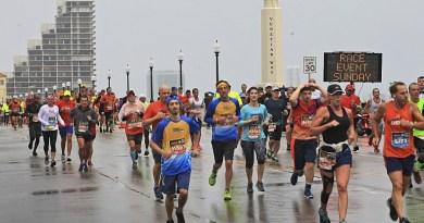 20 mil participantes estuvieron en la salida del maratón de Miami 2019/Archivo