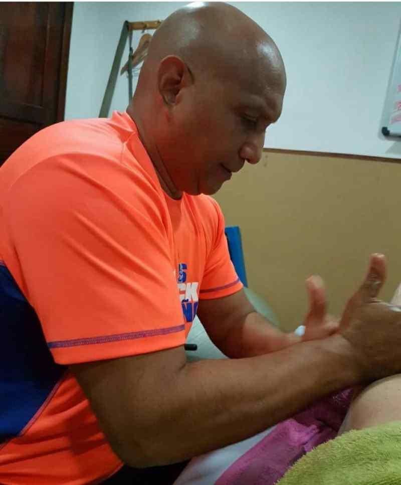 Nelson Plaza también es masajista médico de la Universidad de Medicina del Deporte de Los Ángeles/Cortesía