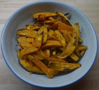 21.7.16 - Süßkartoffel Pommes,Pimientos,Zucchini,Kräuter Quark Dip (5)