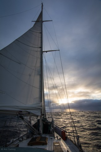 westsail 43 sailing into the sunset, sv cavalo