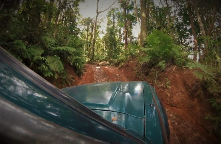 the crazy jeep drive up to Refugio Solté