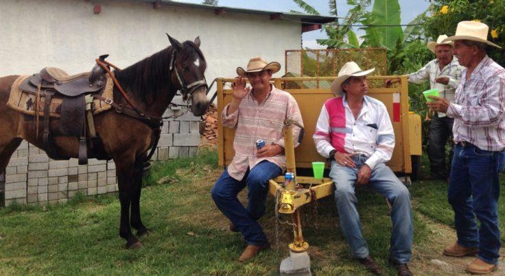 riders relaxing at the Cabalgata