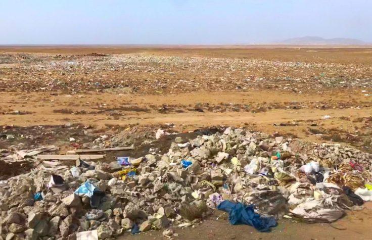 Litter in Peru