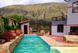 House sitting in Villa de Leyva