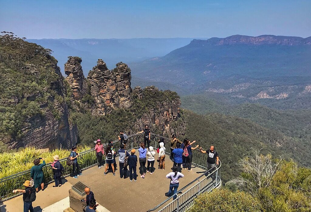 The tree sisters rock formation on a clear day in the blue mountains, New South Wales, Australia