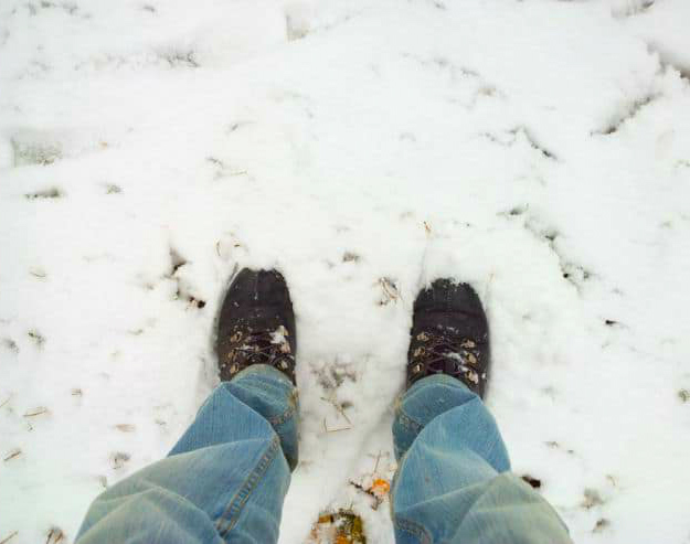 Dry Up Your Wet Shoes With Microfiber Towels | Cold Weather Hacks To Keep You Cozy This Winter