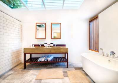 3bdroom-villa-bathroom