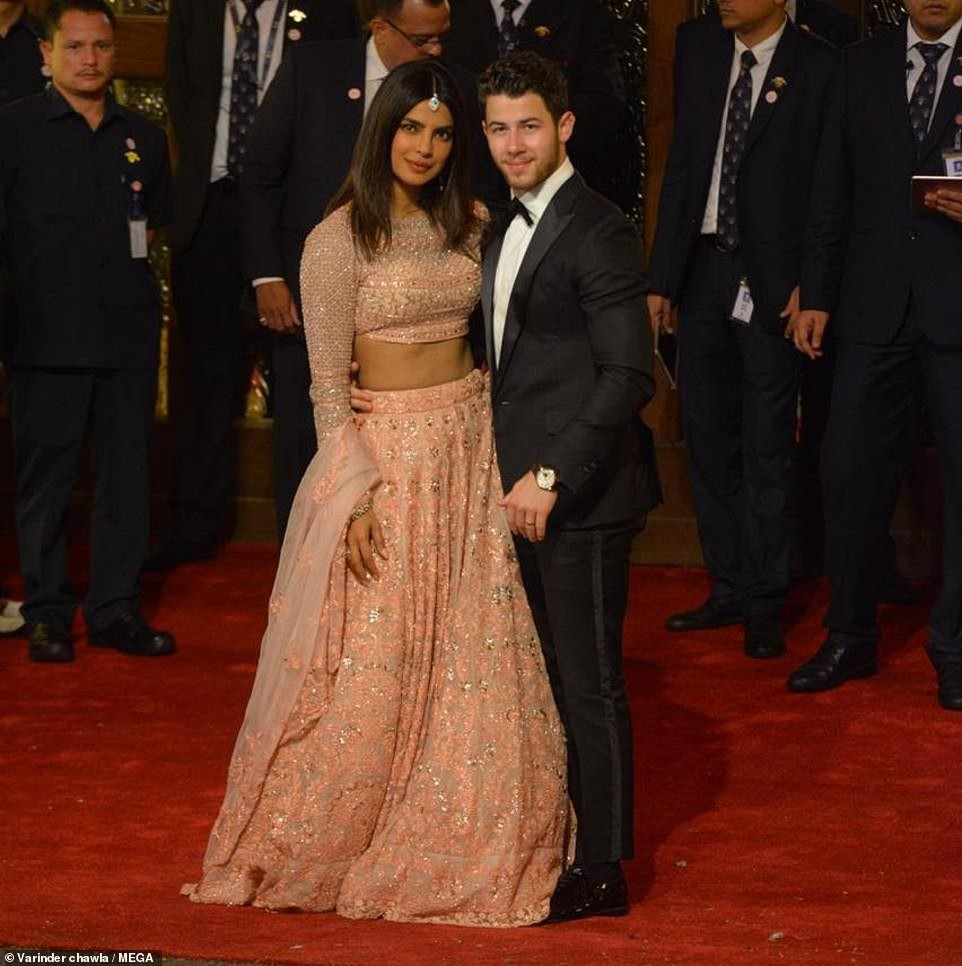 Priyanka Chopra and Nick Jonas attend lavish 0m wedding of India