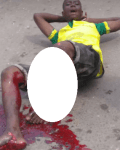 Graphic: Man Begs God To Take His Life As His Leg is Crushed in An Accident in Ajah While Selling Bread To Cater For His Pregnant Wife [Photos/Video]