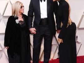 Bradley Cooper brings his supermodel girlfriend Irina Shayk and his mother Gloria Campano to the Oscars (Photos)