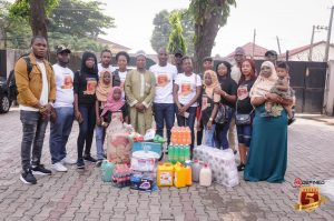 Team-Redefined-at-the-orphanage-home-3-300x199 News Photos