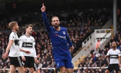 Gonzalo Higuain celebrates scoring for Chelsea against Fulham