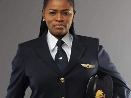 Meet?Adeola Sowemimo: The first Nigerian female pilot with Qatar Airways, set to fly the Boeing 787 Dreamliner Aircraft