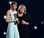 Taylor Swift Confirms Her Mum's Cancer Has Returned As She Pens Emotional Open Letter