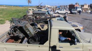 Forces from Misrata arrive in Tripoli to defend it from rebel troops