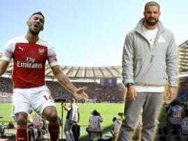 Aubameyang and Drake Photoshopped together