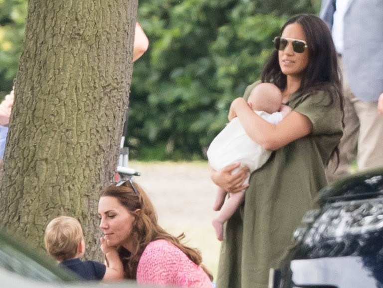Meghan Markle takes newborn son with Kate Middleton and her kids to watch Harry and Williams play in polo match (photos)