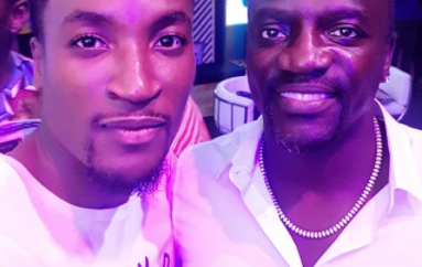 Akon gets into a debate about Jollof rice with Deputy Governor of Lagos  (photo/video)