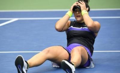 Bianca Andreescu celebrates