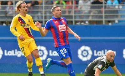 Antoine Griezmann (left)
