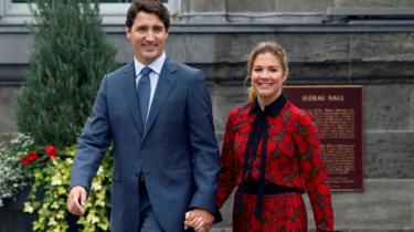 Canadian Prime Minister Justin Trudeau holding hands with wife Sophie Grégoire Trudeau at Rideau Hall in September