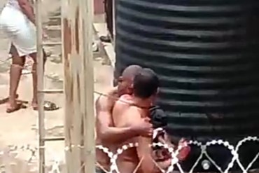 Two neighbours get into bloody fight during lockdown in Enugu (video)