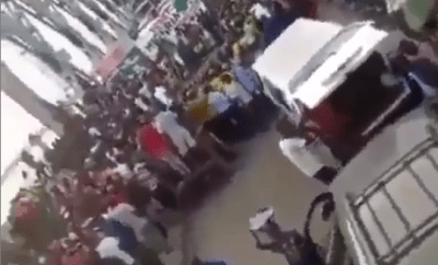 Angry youths take over Onitsha Bridge (Video)