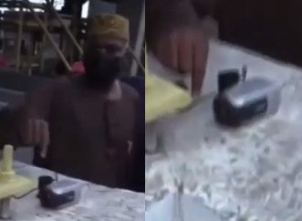 Watch moment Minister of Works and Housing, Babatunde Fashola found a secret camera at the Lekki tollgate (video)