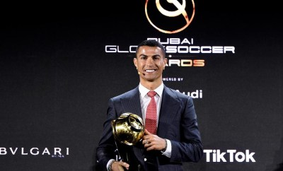 Cristiano Ronaldo beats Lionel Messi and Mohamed Salah to win player of century award?
