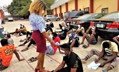 30 suspected Internet Fraudsters arrested in Enugu (photos)