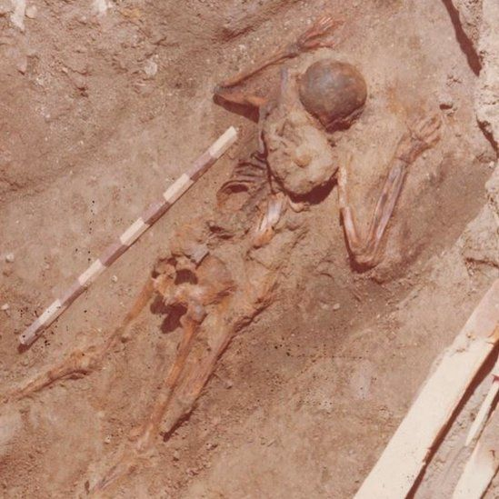 A bag with tools was found with the skeleton when it was unearthed