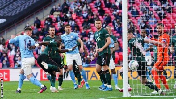 Aymeric Laporte scores for Manchester City against Tottenham