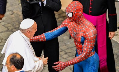 Pope Francis meets