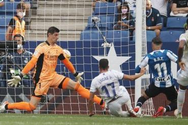 Raul de Tomas scores for Espanyol