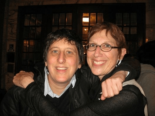 Eileen Hansen (left) and Sara Shortt at the 2011 Milk Club dinner