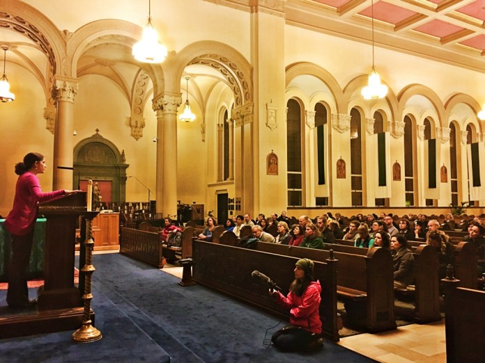 February 10th, 2017: Lorena Melgarejo, San Francisco Archdiocesem speaks to the audience at rapid response information and training on how to respond to ICE raids. Photo by Sana Saleem.