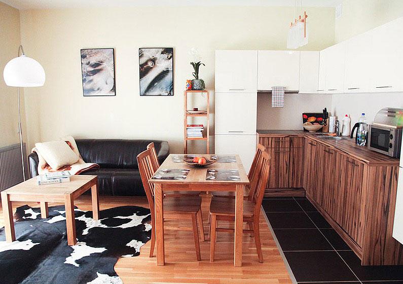 Small Kitchen Room Design