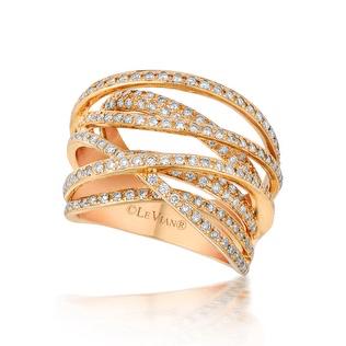 elizabeth-rodriguez-sag-awards-styling-le-vian-diamond-ring