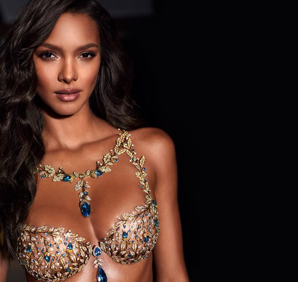 fashion-show-2017-2-million-champagne-nights-fantasy-bra-victorias-secret