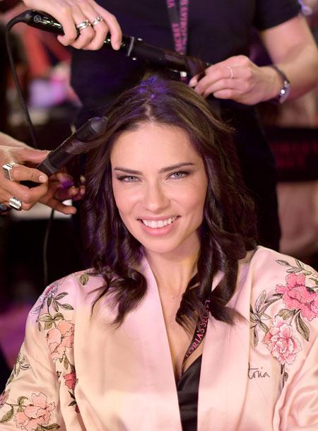 fashion-show-hair-makeup-2017-adraina-hair-victorias-secret 4chion lifestyle