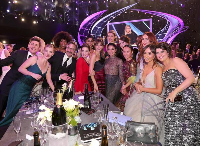 The cast and crew of 'Glow' SAG Awards 4Chion Lifestyle