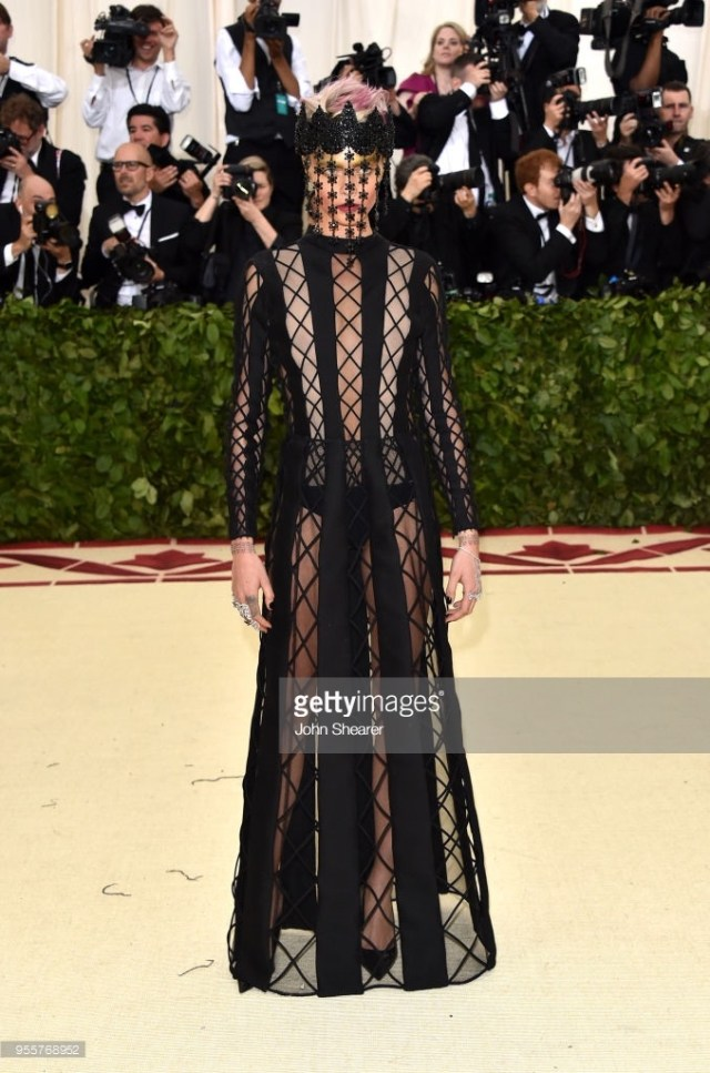 Cara Delevingne Met Gala 4Chion Lifestyle b